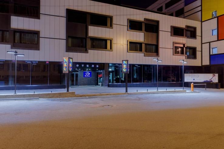 Pogostite.ru - Дом Отель Нео | Красноярск | Парковка #2