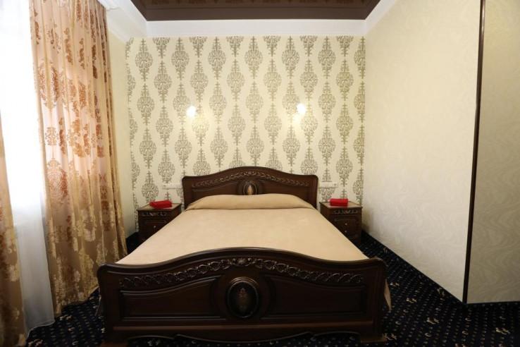 Pogostite.ru - Royal | Симферополь | Парковка #29