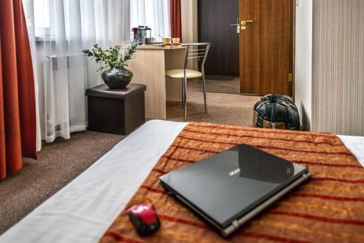 Pogostite.ru - СИТИ Отель | Новосибирск | Парковка #16