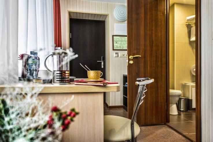 Pogostite.ru - СИТИ Отель | Новосибирск | Парковка #17