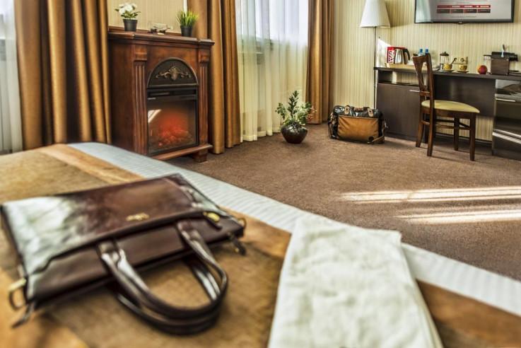 Pogostite.ru - СИТИ Отель | Новосибирск | Парковка #24