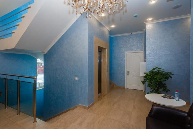 Pogostite.ru - Бутик-отель Корона | Краснодар | Парковка #10
