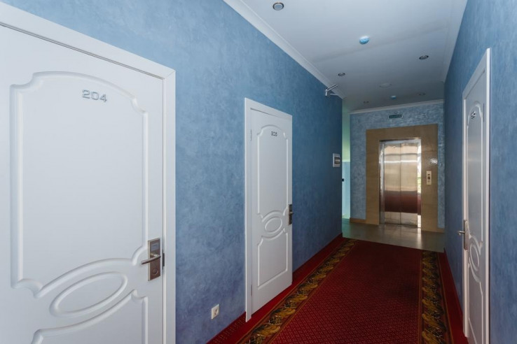 Pogostite.ru - Бутик-отель Корона | Краснодар | Парковка #9