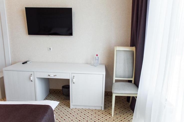 Pogostite.ru - Бутик-отель Корона | Краснодар | Парковка #14
