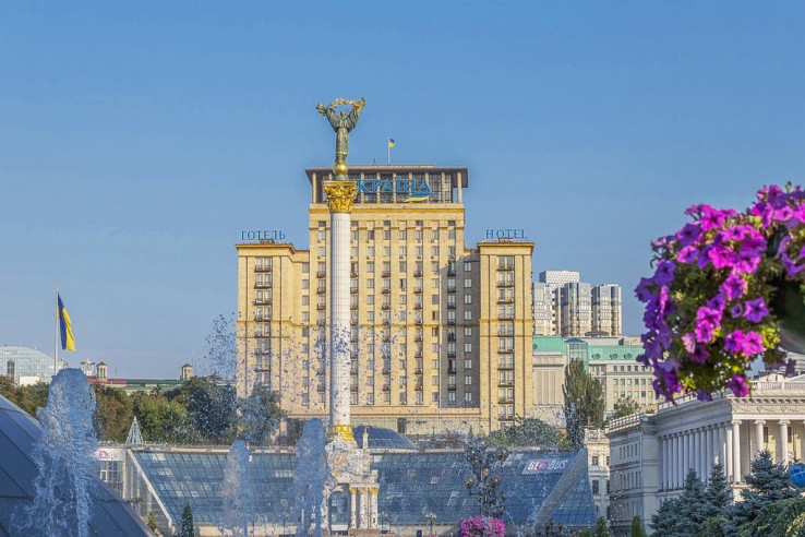 Pogostite.ru - Украина   г. Киев   Парковка #2