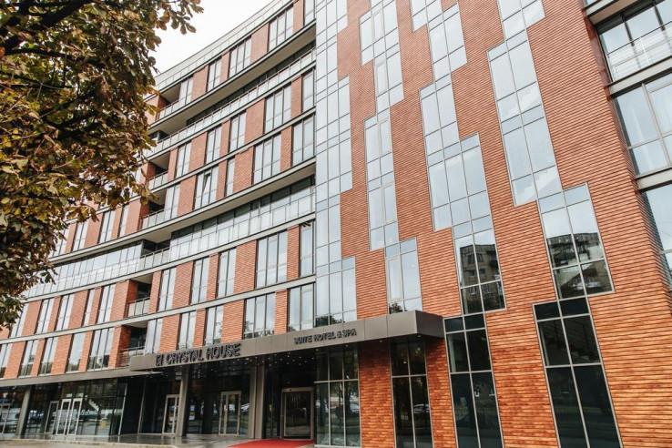Pogostite.ru - Crystal House Suite Hotel & SPA | Кристалл Хаус Сьют Хотел & Спа | Калининград | Парковка #1