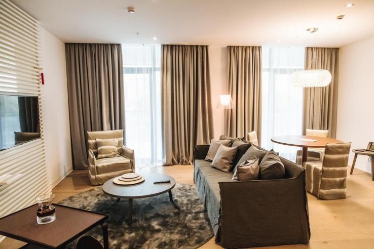 Pogostite.ru - Crystal House Suite Hotel & SPA | Кристалл Хаус Сьют Хотел & Спа | Калининград | Парковка #18