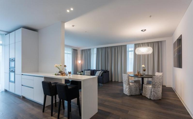 Pogostite.ru - Crystal House Suite Hotel & SPA | Кристалл Хаус Сьют Хотел & Спа | Калининград | Парковка #13