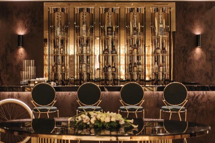 Pogostite.ru - Crystal House Suite Hotel & SPA | Кристалл Хаус Сьют Хотел & Спа | Калининград | Парковка #6