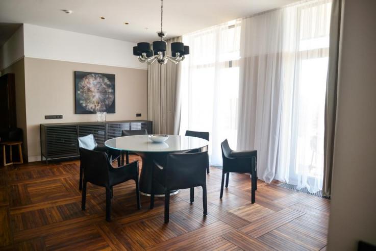 Pogostite.ru - Crystal House Suite Hotel & SPA | Кристалл Хаус Сьют Хотел & Спа | Калининград | Парковка #28