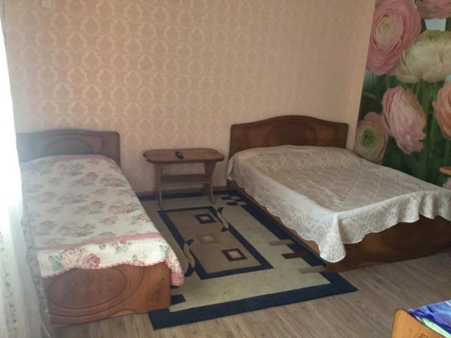 Pogostite.ru - Guama Guest House | Гостевой дом Гуама | Парковка #19