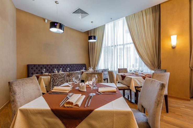 Pogostite.ru - Райкин Plaza Hotel | м. Марьина роща | Парковка #14