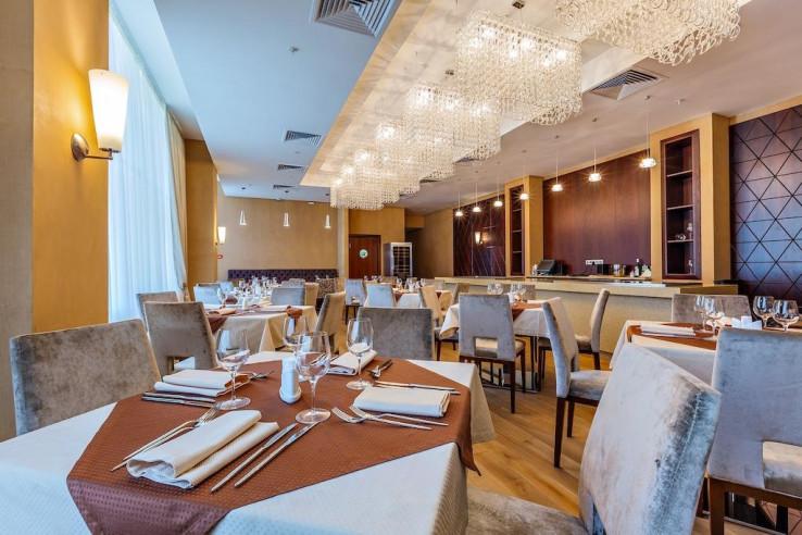 Pogostite.ru - Райкин Plaza Hotel | м. Марьина роща | Парковка #15