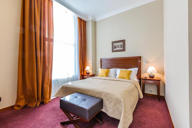 Pogostite.ru - Райкин Plaza Hotel | м. Марьина роща | Парковка #17