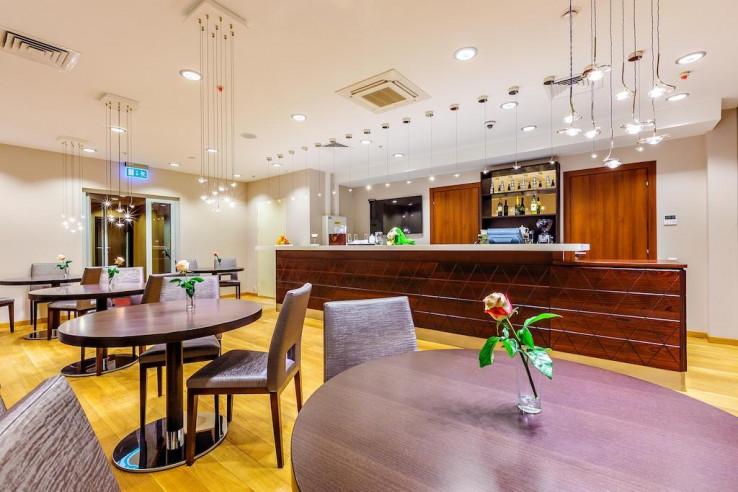 Pogostite.ru - Райкин Plaza Hotel | м. Марьина роща | Парковка #18