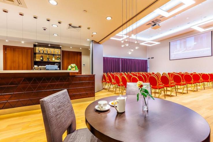 Pogostite.ru - Райкин Plaza Hotel | м. Марьина роща | Парковка #41