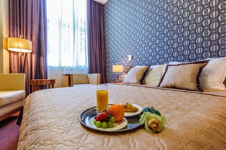 Pogostite.ru - Райкин Plaza Hotel | м. Марьина роща | Парковка #21