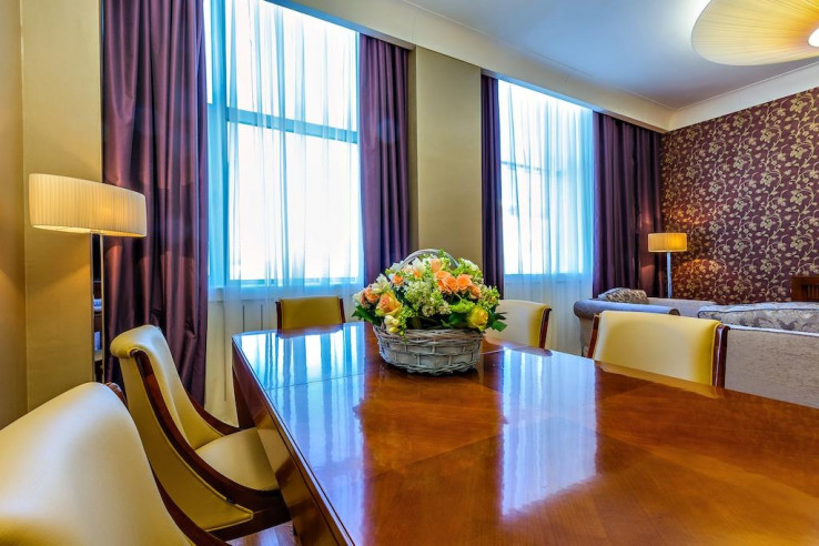 Pogostite.ru - Райкин Plaza Hotel | м. Марьина роща | Парковка #25