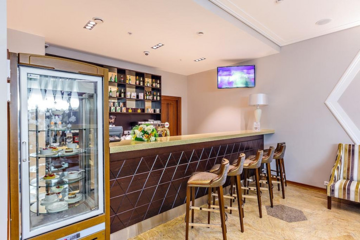 Pogostite.ru - Райкин Plaza Hotel | м. Марьина роща | Парковка #8