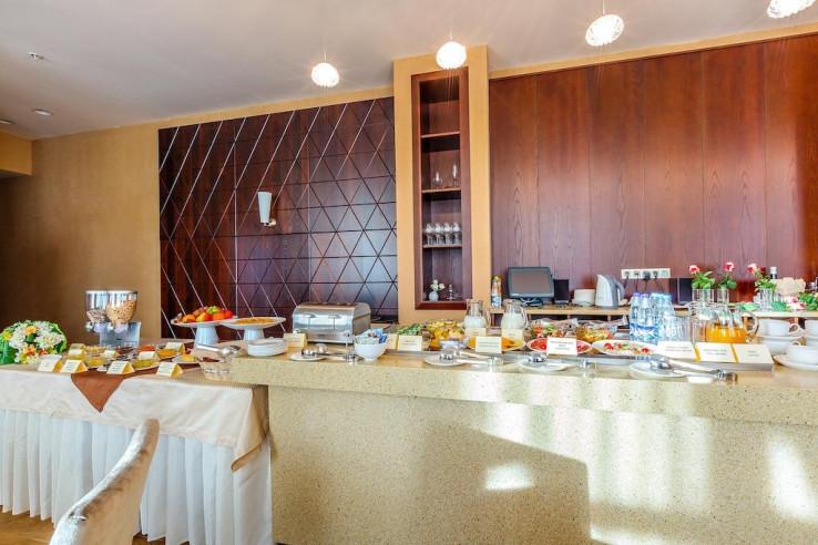 Pogostite.ru - Райкин Plaza Hotel | м. Марьина роща | Парковка #6