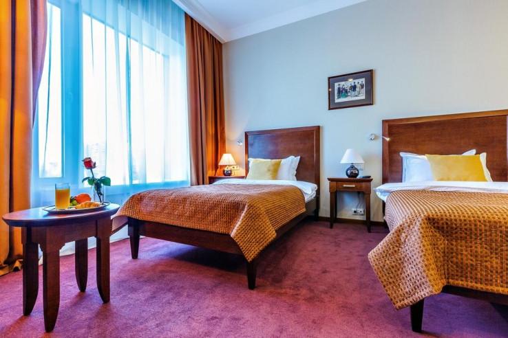 Pogostite.ru - Райкин Plaza Hotel | м. Марьина роща | Парковка #32