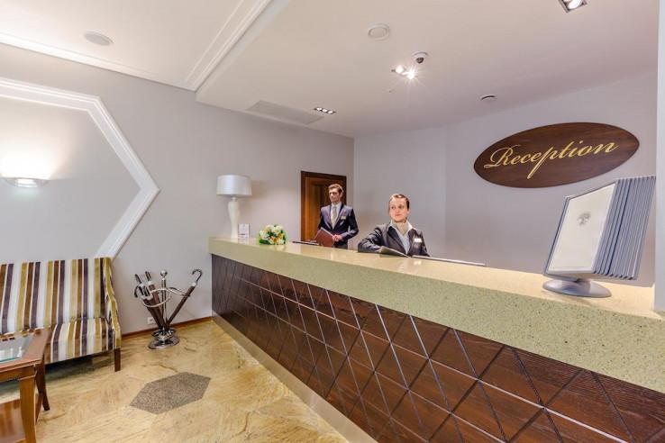 Pogostite.ru - Райкин Plaza Hotel | м. Марьина роща | Парковка #3