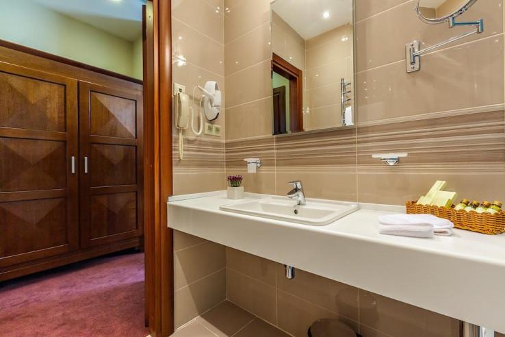 Pogostite.ru - Райкин Plaza Hotel | м. Марьина роща | Парковка #36