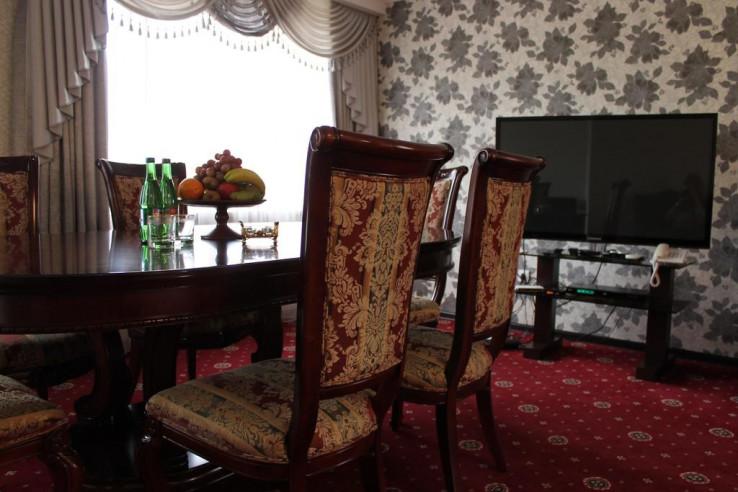 Pogostite.ru - Кавказ-Отель   Минеральные Воды   Парковка #20