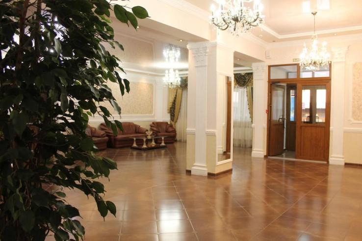 Pogostite.ru - Кавказ-Отель   Минеральные Воды   Парковка #2