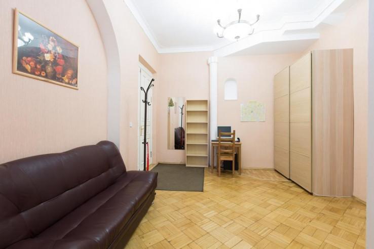 Pogostite.ru - На Басманном | м. Комсомольская | Парковка #25