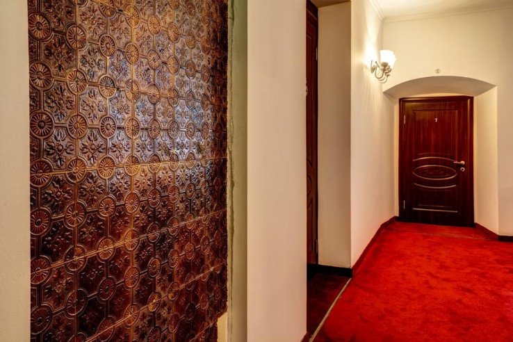 Pogostite.ru - Барин Резиденс   Barin Residence Tverskaya   м. Маяковская   Парковка #17