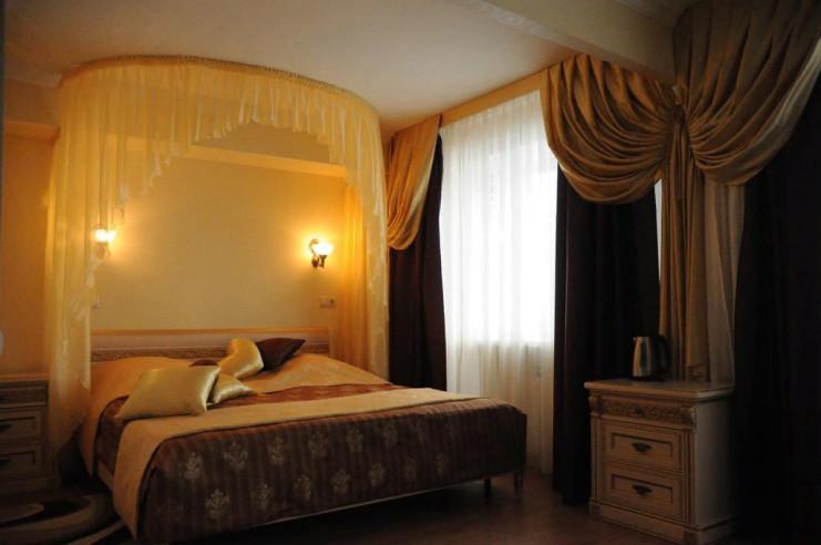 Pogostite.ru - ЧАЙКА отель | Тольятти | Парковка #12