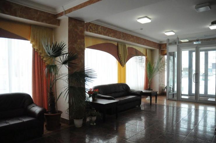 Pogostite.ru - ЧАЙКА отель | Тольятти | Парковка #2