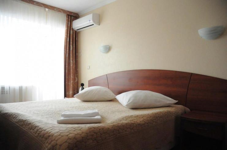 Pogostite.ru - ЧАЙКА отель | Тольятти | Парковка #13