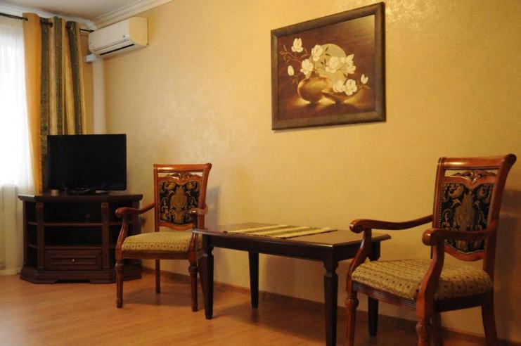 Pogostite.ru - ЧАЙКА отель | Тольятти | Парковка #14