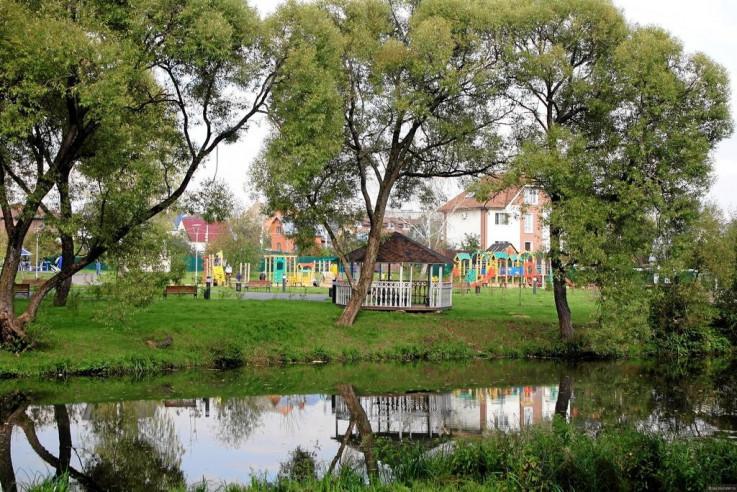 Pogostite.ru - Дом с камином | Троицк | Парковка #9