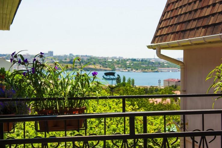 Pogostite.ru - Гостевой дом Башня | Севастополь | Парковка #10