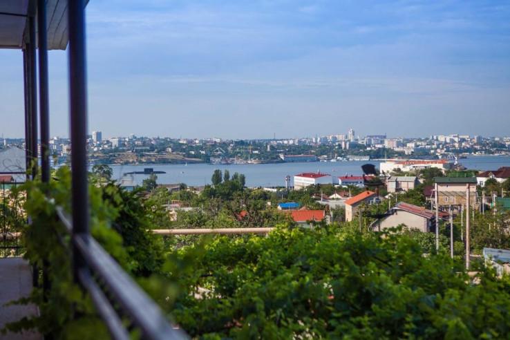 Pogostite.ru - Гостевой дом Башня | Севастополь | Парковка #5