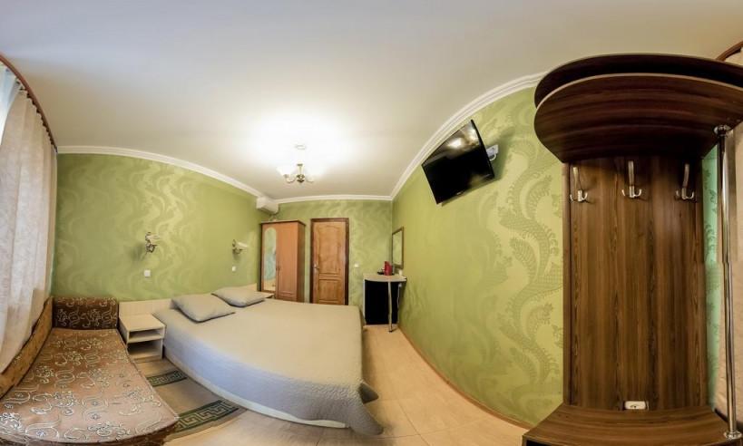 Pogostite.ru - Гостевой дом Башня | Севастополь | Парковка #22