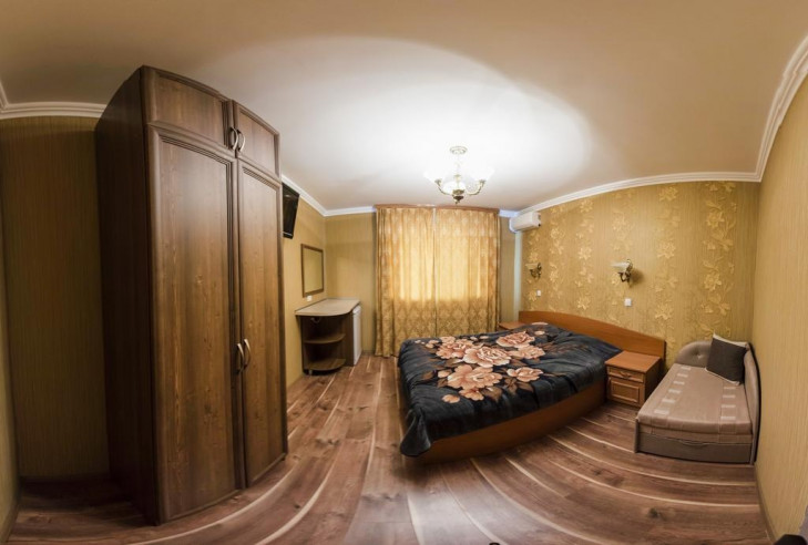 Pogostite.ru - Гостевой дом Башня | Севастополь | Парковка #23