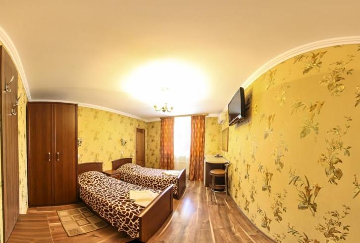 Pogostite.ru - Гостевой дом Башня | Севастополь | Парковка #25