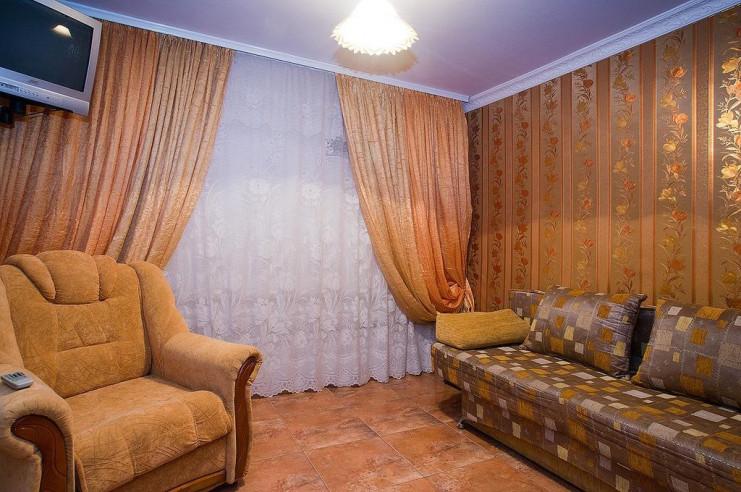 Pogostite.ru - Гостевой дом Багира | Севастополь | Парковка #20