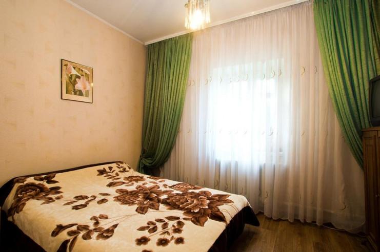 Pogostite.ru - Гостевой дом Багира | Севастополь | Парковка #25