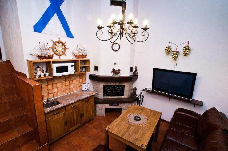 Pogostite.ru - Гостевой дом Багира | Севастополь | Парковка #8