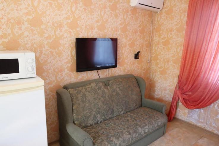 Pogostite.ru - Гостевой дом Багира | Севастополь | Парковка #28