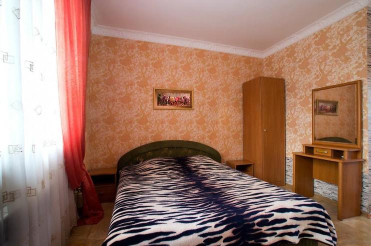 Pogostite.ru - Гостевой дом Багира | Севастополь | Парковка #14
