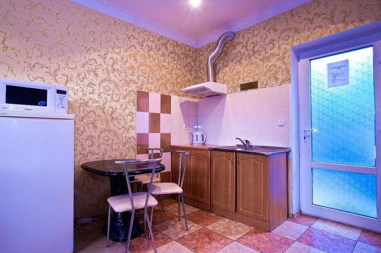 Pogostite.ru - Гостевой дом Багира | Севастополь | Парковка #10