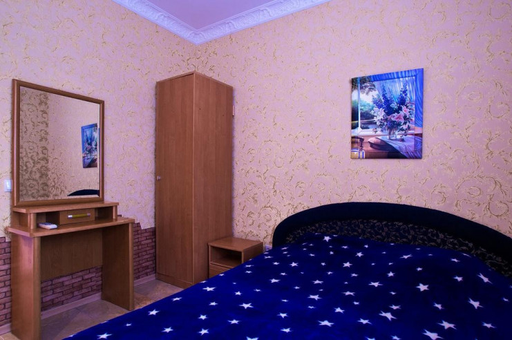 Pogostite.ru - Гостевой дом Багира | Севастополь | Парковка #15
