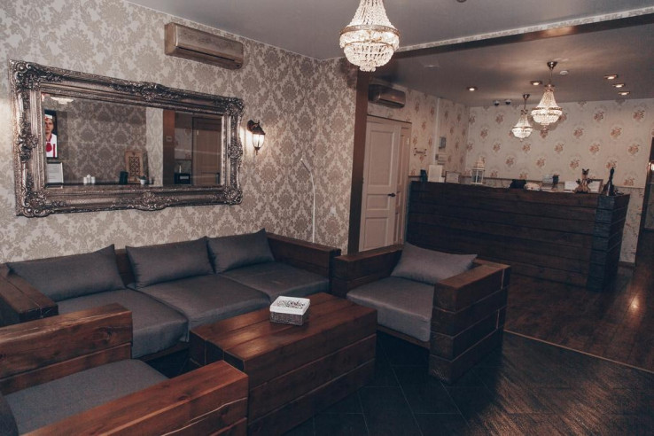 Pogostite.ru - Аурумс Континент-Au Rooms Континент | Новокузнецк | Парковка #3