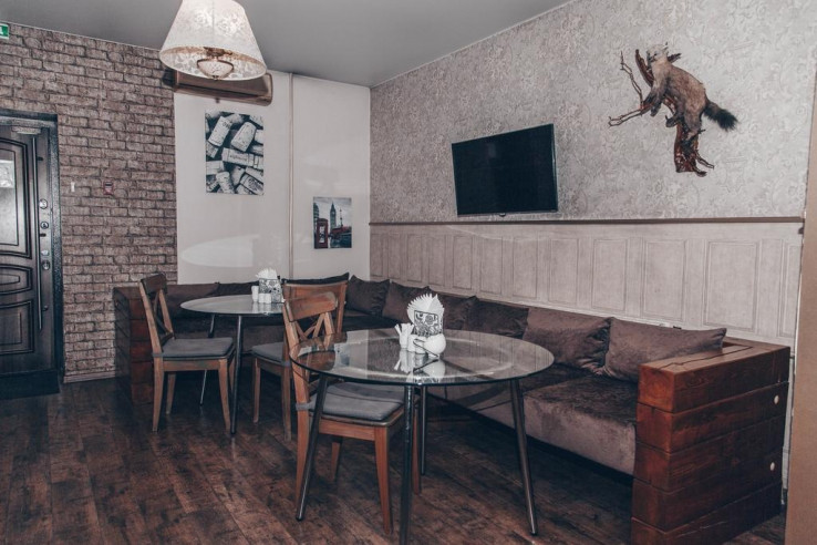 Pogostite.ru - Аурумс Континент-Au Rooms Континент | Новокузнецк | Парковка #4
